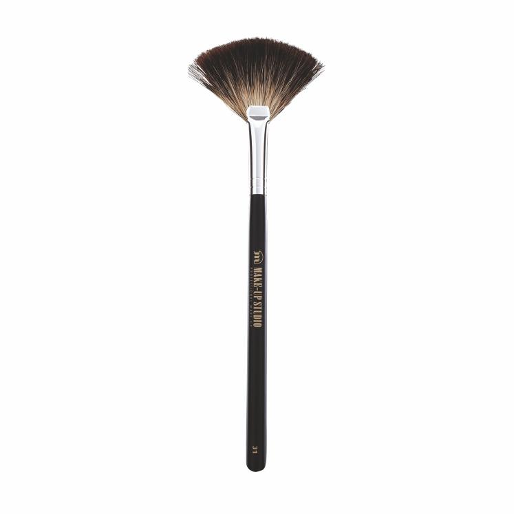 No. 31 Fan Shaped Brush